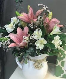 Mother's Embrace - Wayne, NJ Area Florist - Bosland's Flowers Shop -  Hand delivered flowers