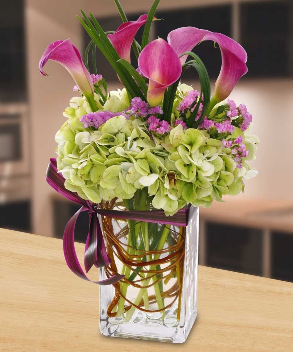 Hydrangea And Calla Lilies Earn Reward Point With Every Online